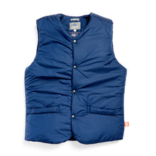 Load image into Gallery viewer, Turner 01 navy nylon wadded gilet
