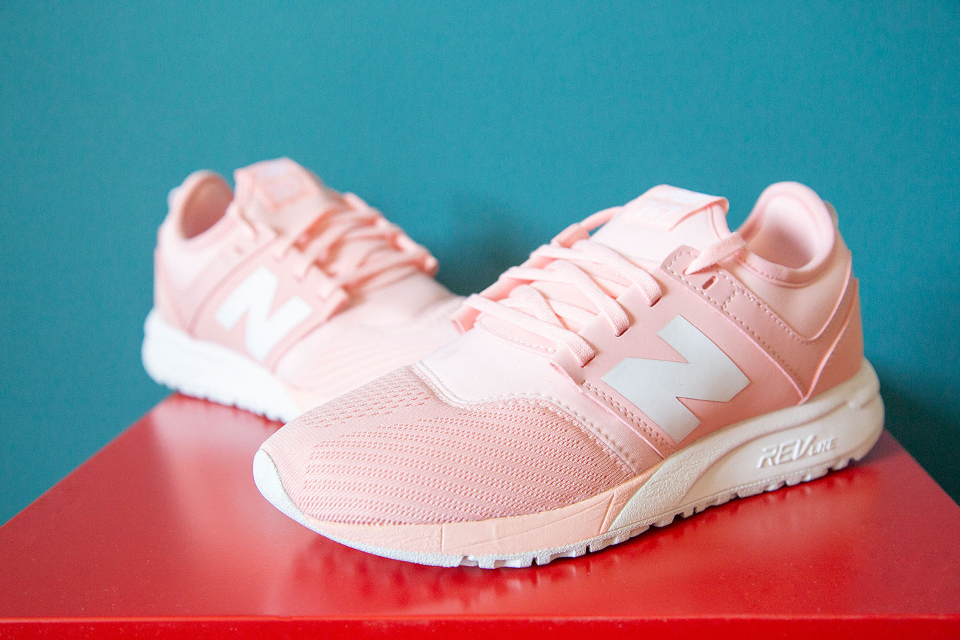 new balance womens trainers in pink