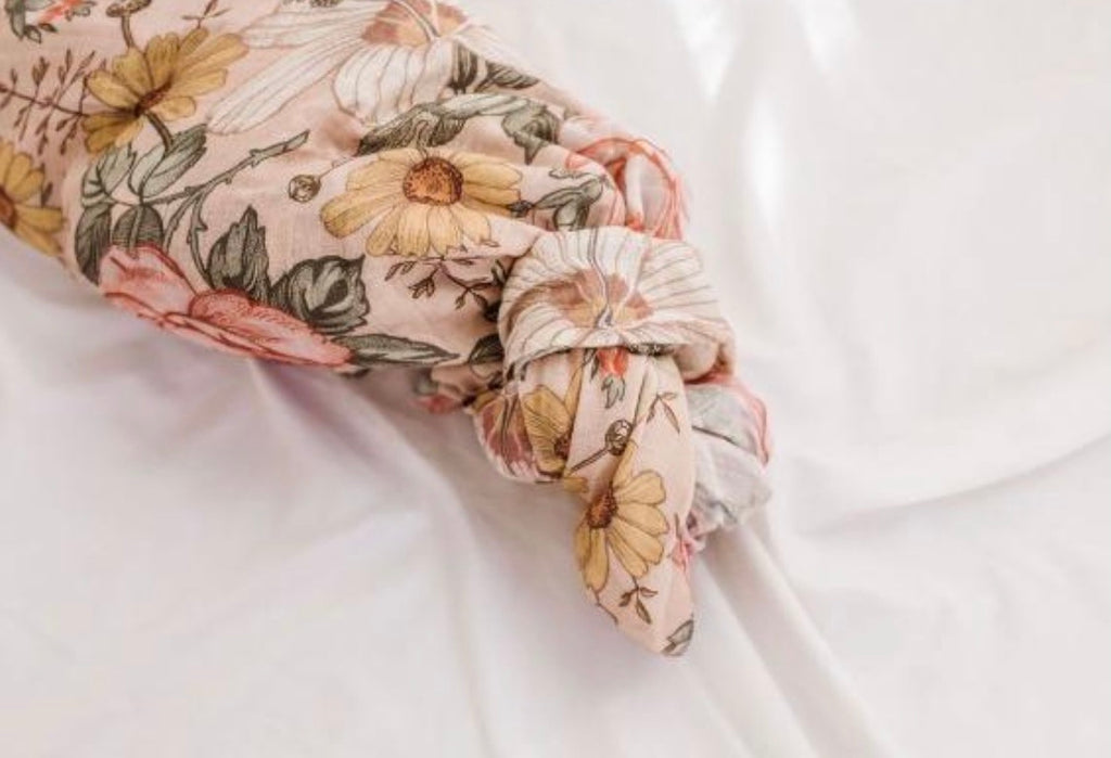 Muslin Swaddle in Garden Floral - Rose Pink