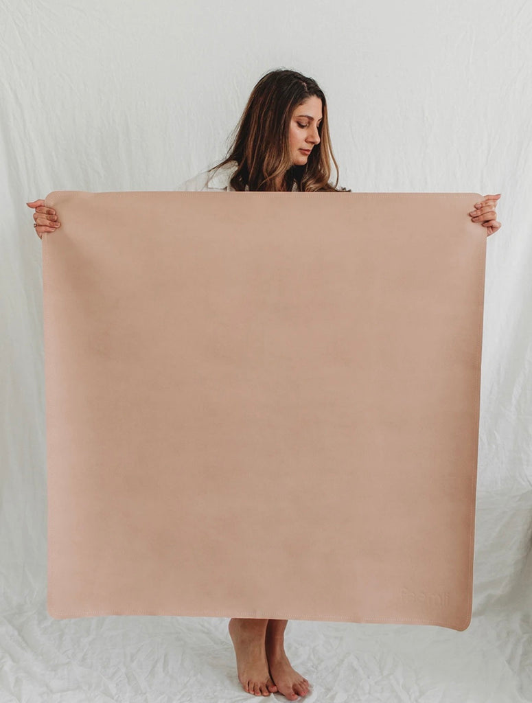 Medi Leather Mat - Blush