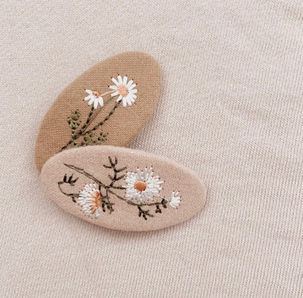 Embroidery Clip Set - Mae and Rae