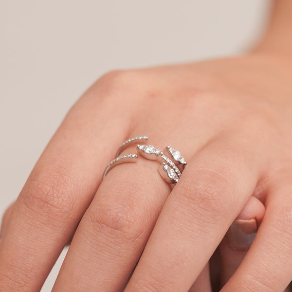 Overlapped Eyelet Ring-Comercianti De Diamante