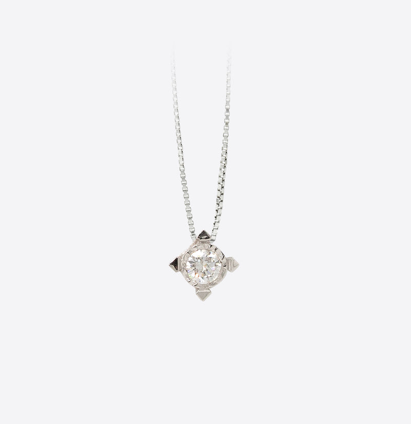 Colier Square Spotlight  Diamond