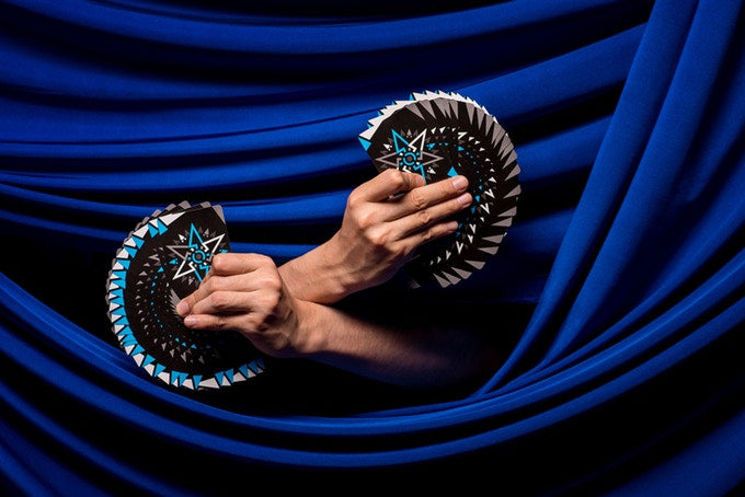 Cardistry Fanning Playing Cards