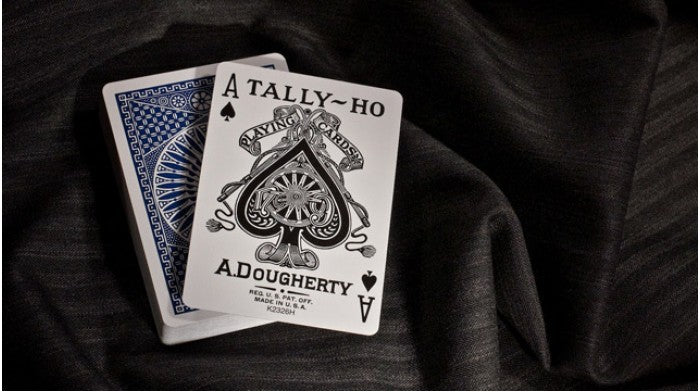 Tally-Ho Circle Back Red Playing Cards