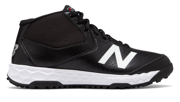**NEW Style** New Balance Mid Top Field Shoe