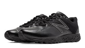 New Balance Low Top Field Shoe