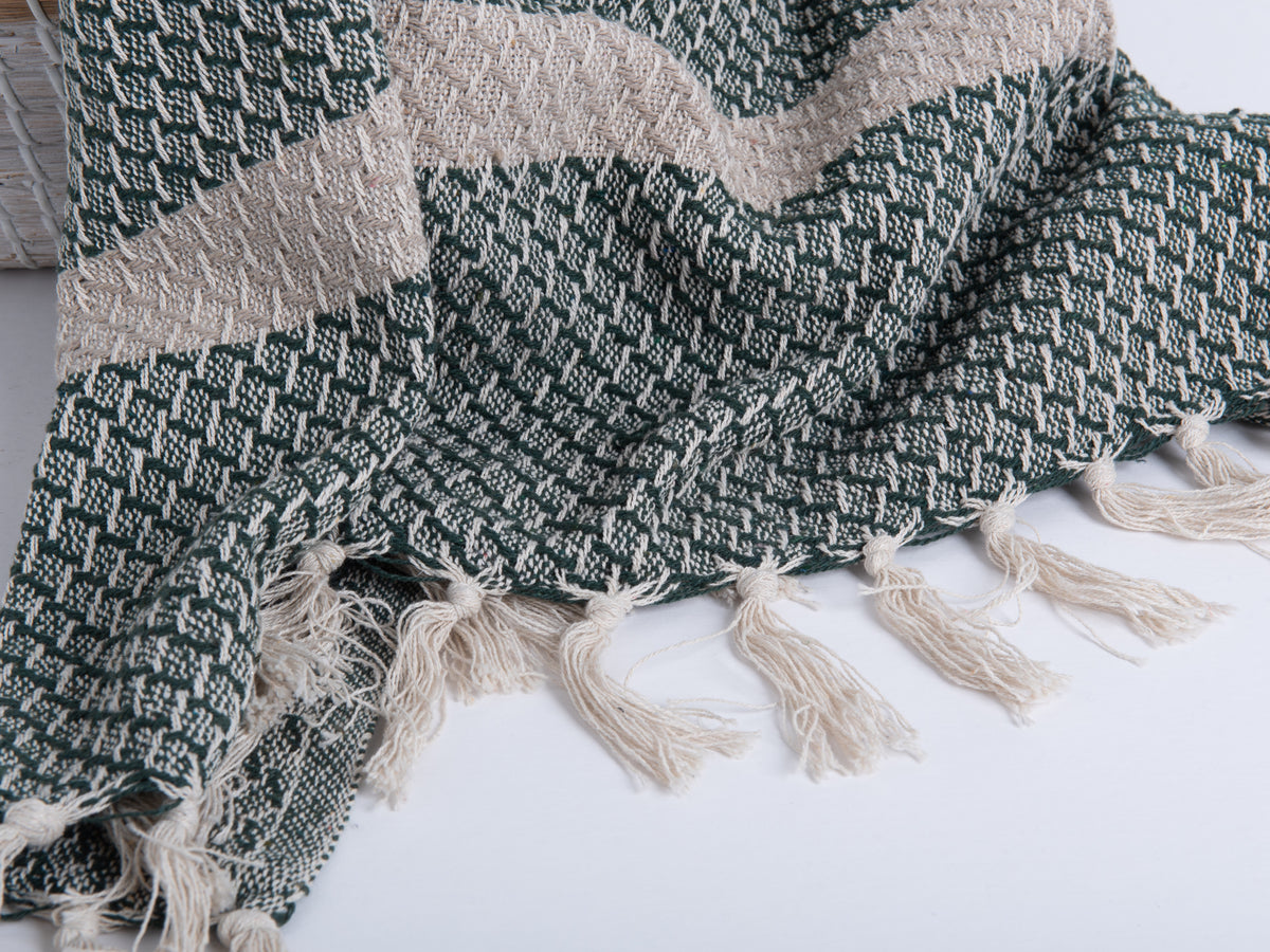 emerald isha throw