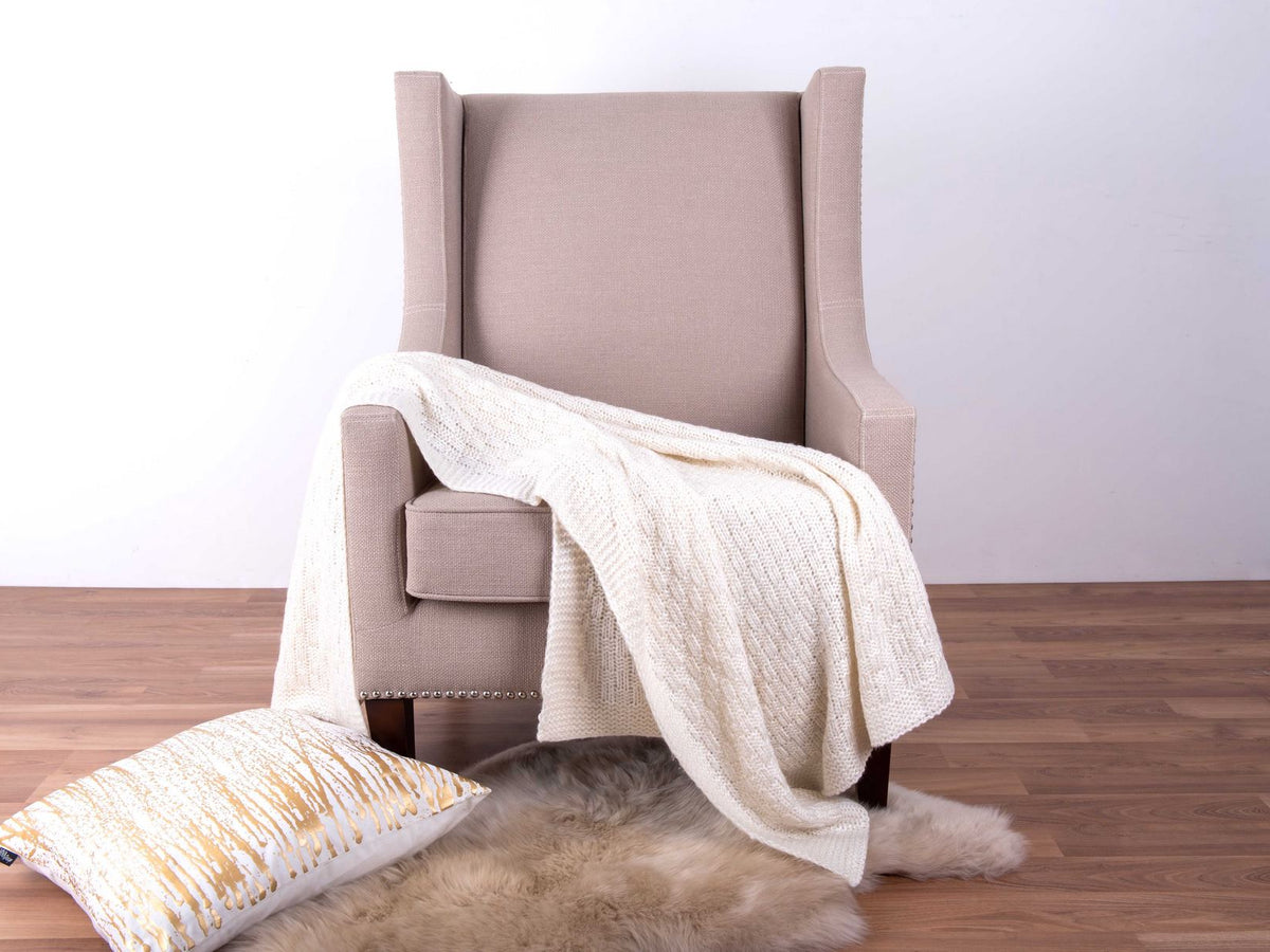 Cream Ruben Throw