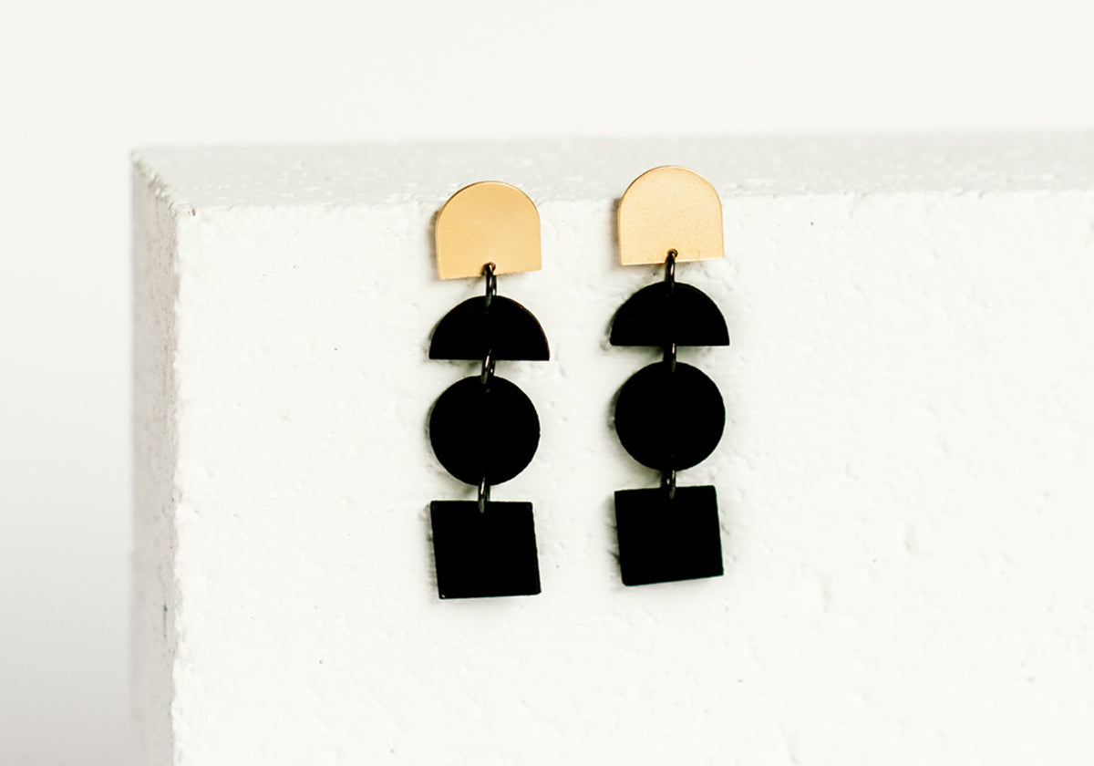 Blocks Earring Black