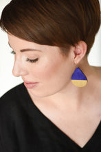 Load image into Gallery viewer, Drop Earring Indigo Fleck