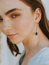 Load image into Gallery viewer, Facet Earrings