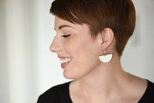 Load image into Gallery viewer, Boat Earring White