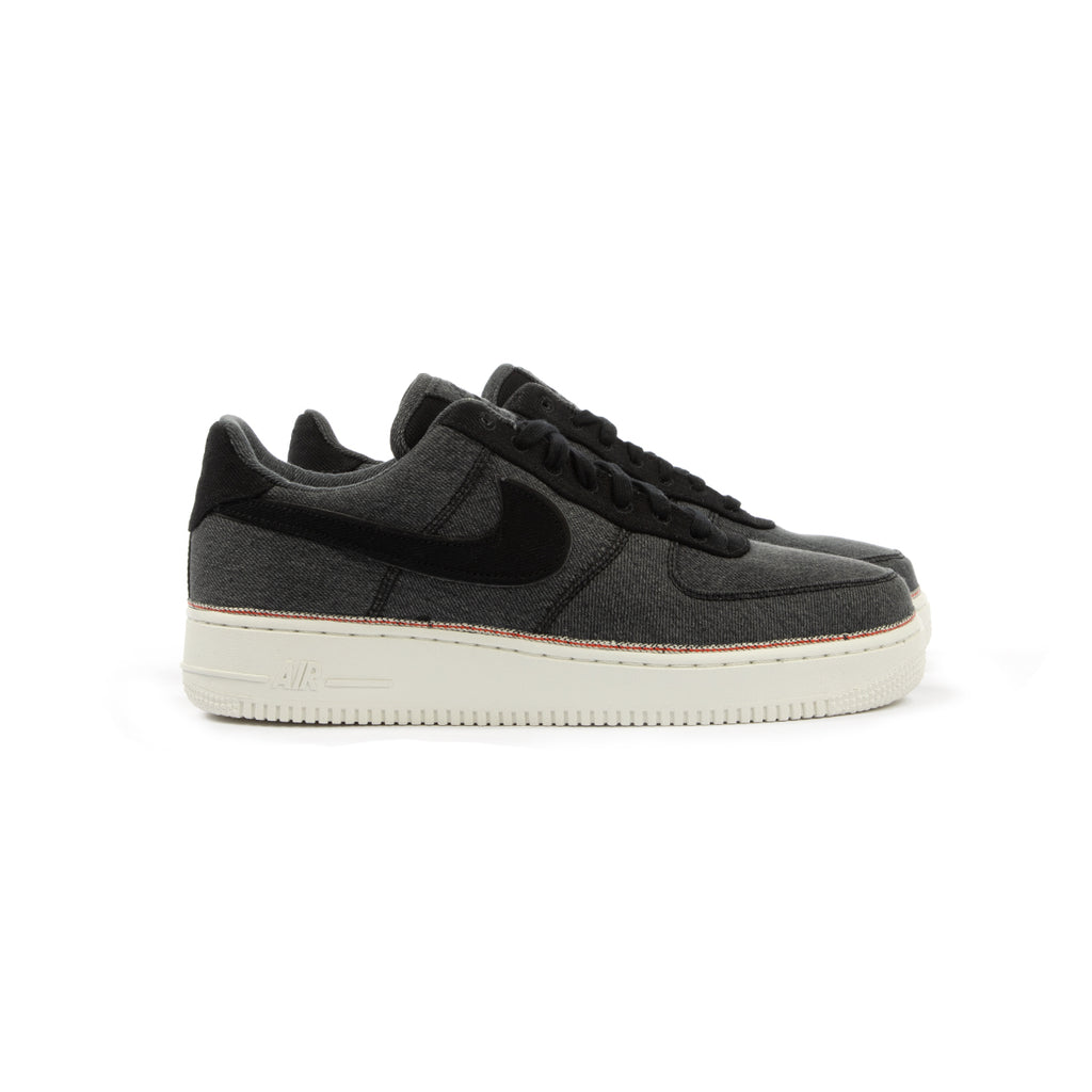 new arrival efe35 f62ec Nike. Nike Air Force 1  07 ...