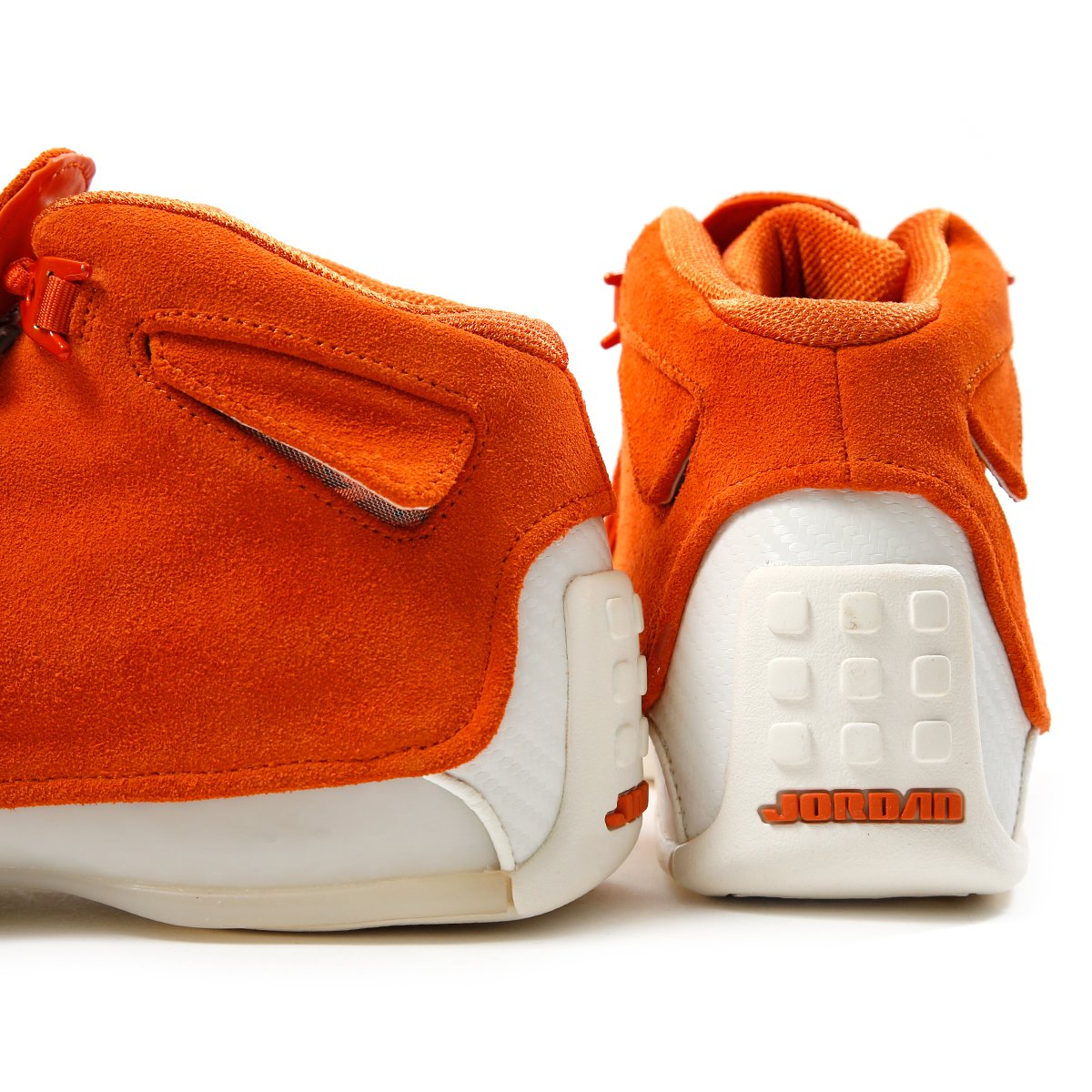 6d91bbd46eaf Air Jordan 18 Retro (Campfire Orange Campfire Orange-Sail)