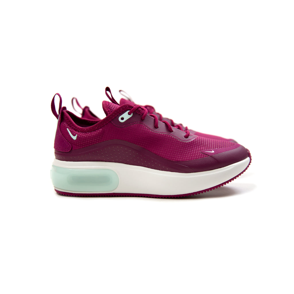 4f84543b4cb7 Nike. Nike Women s Air Max ...