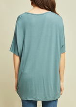 Load image into Gallery viewer, V-neck tunic top (S-L)