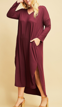 Load image into Gallery viewer, Buttery soft long Sleeve Maxi Dress (XL-2XL)