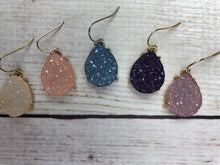 Load image into Gallery viewer, Lightweight Druzy Dangle