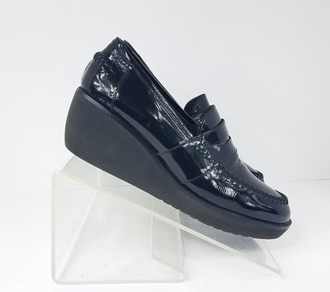 Donald Pliner Wedge Heel Black Patent Leather Women Fashion Casual Shoes Size 7.5 M