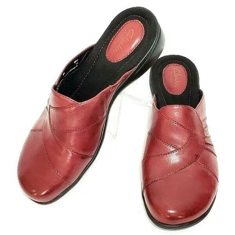Clarks Artisan Red Leather Women Clogs/Mules Size 8 M