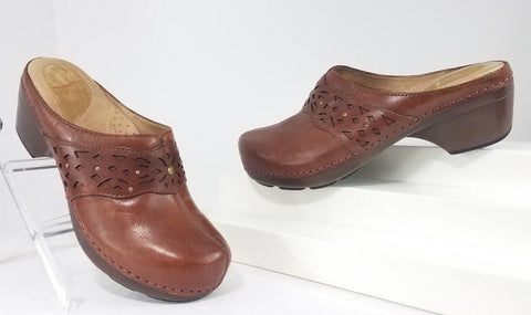 Dansko Shyanne Saddle Brown Tan Leather Open Back Women Clogs/Mules Size 38
