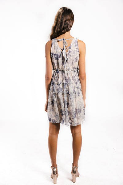 Lenon Collection. Babydoll dress with tie at the back. Crinkle chiffon in navy/cream floral print.
