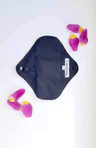 Reusable 'Earthwise' Sanitary Pads: Black (S/M/L) - Zero Waste Shop, Reusable Sanitary Pad - Eco + Plant-Based Lifestyle, G.0 - Generation Zero Uk, G.0 - G.0