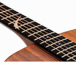Guitare Dreadnought en Acajou - incrustation touche