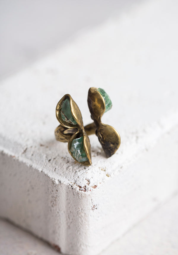 Green Calcite and Bronze Split Ring