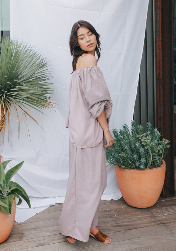 Hepburn Pant in Black, Mauve or Indigo