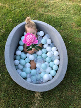 Small light grey ball pit 80x40cm with 160 balls