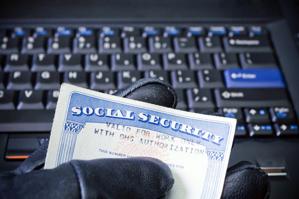 5 Warning Signs of Identity Theft