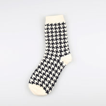 Load image into Gallery viewer, 1 Pair Japanese Lattice & Vertical Stripes Harajuku Women/Men Fashion Causal Socks Autumn Winter Classic Black&White Socks