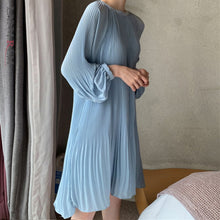 Load image into Gallery viewer, LANMREM 2021 New Korean Summer Fashion Women Clothes Vacation Dresses Lantern Sleeves Pullover Loose Chiffon Dress Pleated WG686
