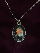 Load image into Gallery viewer, European Robin Pendant