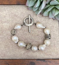 Load image into Gallery viewer, Love Tokens Freshwater Pearl Bracelets 6Whiskey with heart bead
