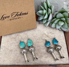 Load image into Gallery viewer, Love Tokens Turquosie Blossom Earrings 6Whiskey
