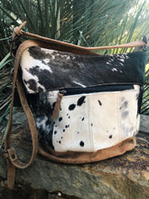 Load image into Gallery viewer, Dual Strap Shoulder Cowhide Bag