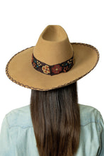 Load image into Gallery viewer, DDR Felt Showman Hat in French tan FA794 Fall Cody Collection at 6Whiskey six whisky