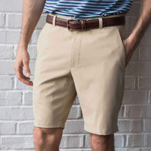 Load image into Gallery viewer, Oxford Men's Perfromance golf shorts in twill khaki 6whiskey six whisky