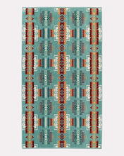 Load image into Gallery viewer, Pendleton Oversized bath spa towel 6whiskey chief Joseph Jacquard six whisky