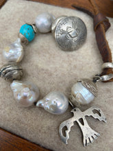 Load image into Gallery viewer, Love Tokens Freshwater Pearl Bracelets 6Whiskey Thunderbird with turquoise