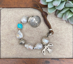 Love Tokens Freshwater Pearl Bracelets 6Whiskey Thunderbird with turquoise