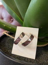 Load image into Gallery viewer, Pink Mother of Pearl Hoops