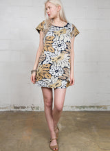 Load image into Gallery viewer, Ivy jane embroidered shift dress Hilda 6whiskey six whisky
