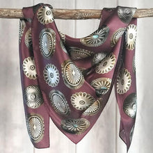 Load image into Gallery viewer, Scarf ~Cab Big Concho ~Long Tall