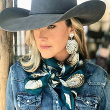 Load image into Gallery viewer, Scarf ~ Jade Big Concho