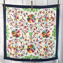 Load image into Gallery viewer, Scarf ~ Otomi ~ Shorty