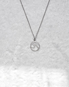 LITTLE WAVE NECKLACE SILVER